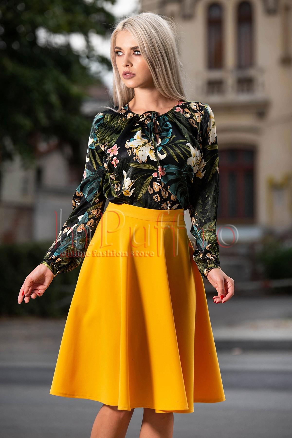 Bluza dama cu maneca lunga si imprimeu