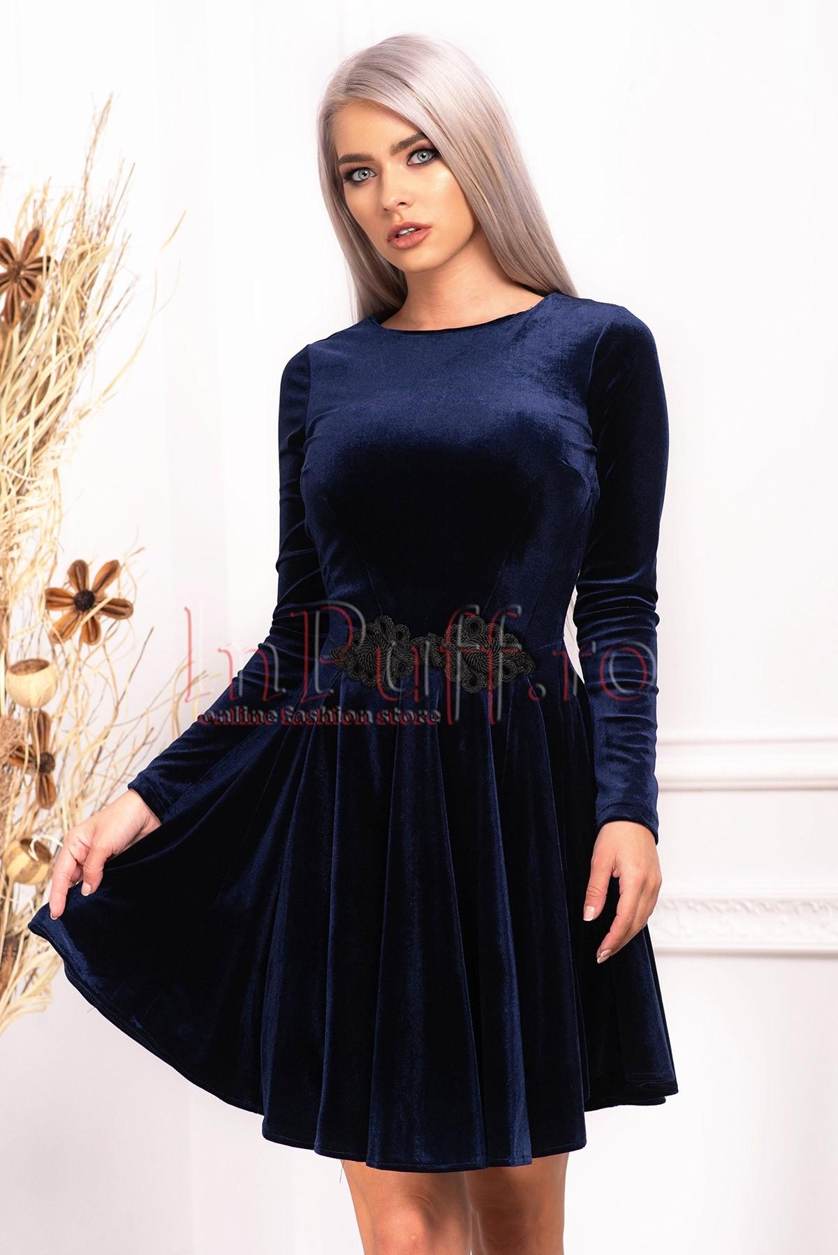 Rochie de seara din catifea bleumarin