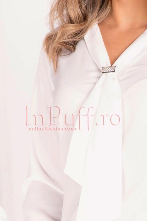 Bluza alba eleganta cu guler tip cravata