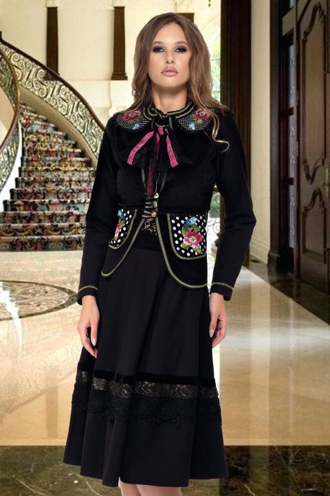 Jacheta neagra cu motive traditionale