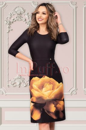 Rochie Pretty Girl neagra de ocazie midi cu imprimeu floral si maneca trei sferturi