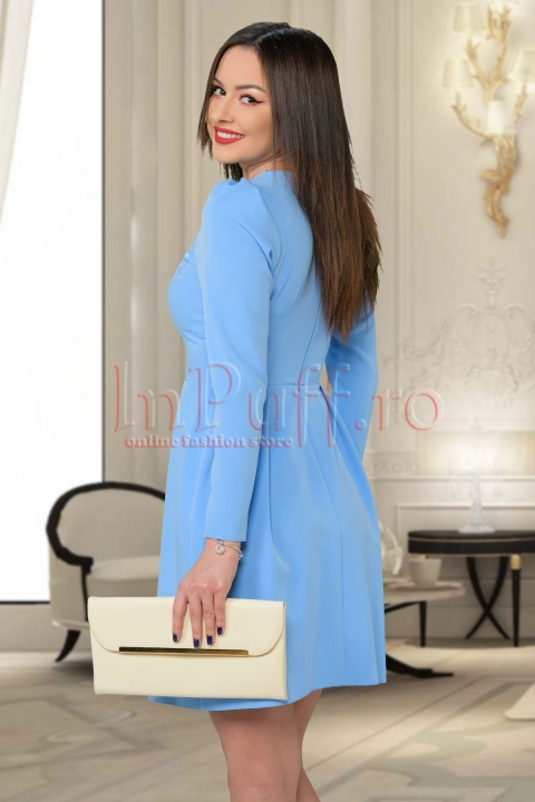 Rochie de zi bleu scurta din stofa cu maneca lunga si flori aplicate