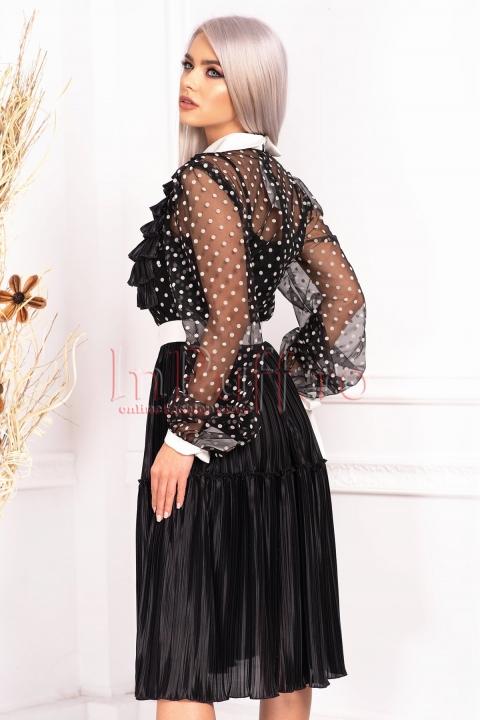 Rochie de seara trei sferturi din voal plisat si tul cu buline