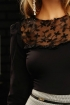 Bluza dama Fofy neagra cu insertii brodate in zona bustului