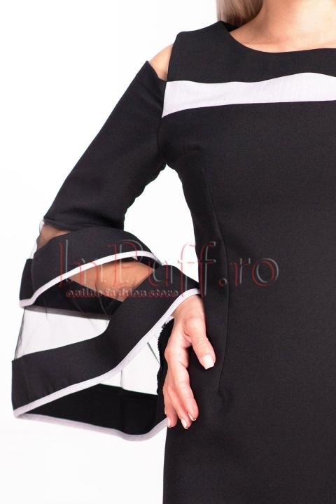 Rochie MBG neagra de ocazie midi conica din stofa cu umeri decupati si maneca tip clopot