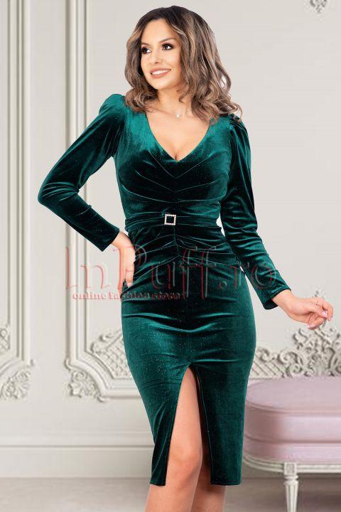 Rochie verde de seara midi cambrata din catifea cu sclipici decolteu in V maneca lunga si cordon in talie