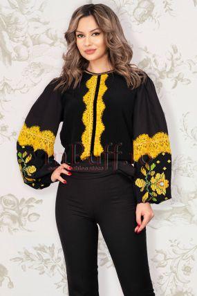 Bluza Venezia de dama neagra cu broderie traditionala galben mustar