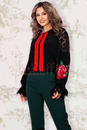 Bluza Venezia de dama neagra cu broderie florala rosie si tul in zona manecilor