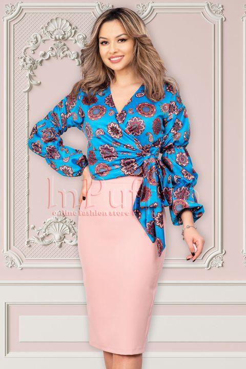 Bluza MBG albastru royal din satin cu imprimeu floral