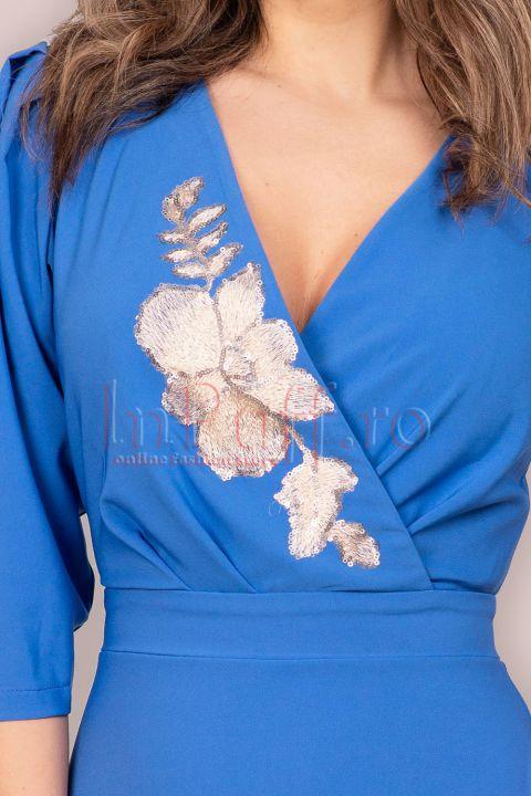 Rochie LaDonna albastra petrecuta cu broderie aplicata