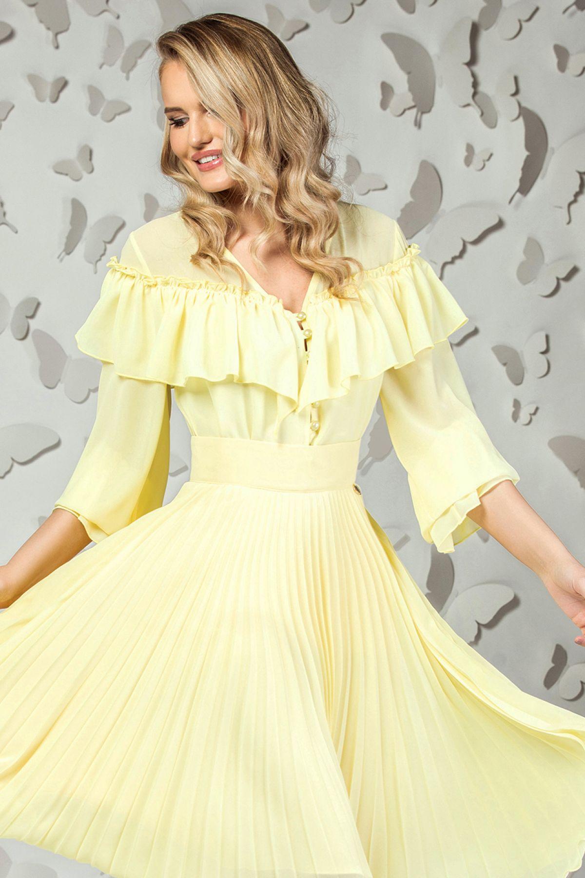Camasa Pretty Girl galben pal din voal cu volanase