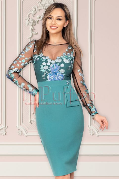 Rochie eleganta MBG turquoise cu broderie