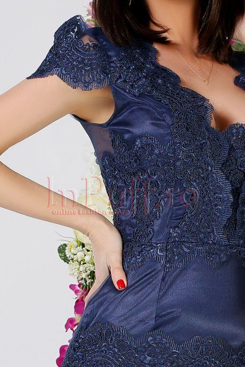 Rochie Atmosphere cu dantela bleumarin si trena detasabila