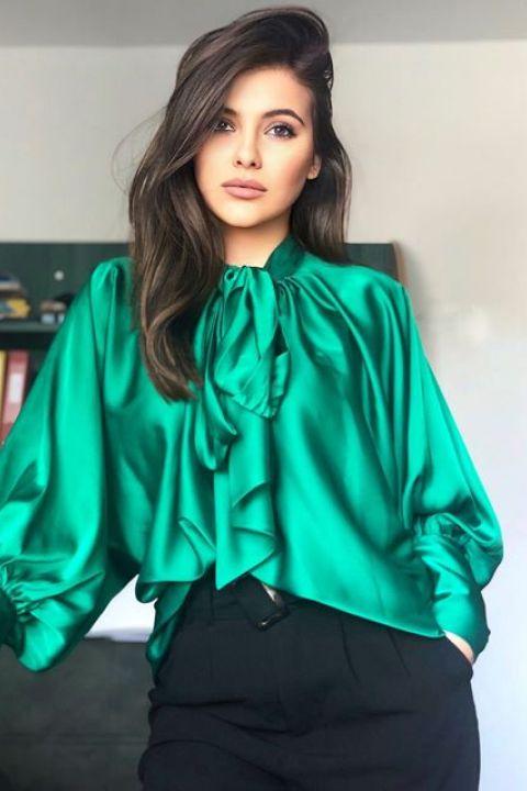 Bluza Effect verde din satin cu funda din panglici