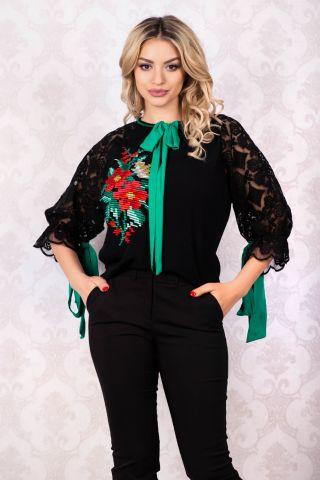 Bluza tip ie Venezia cu maneca brodata si motive traditionale si fundite verzi