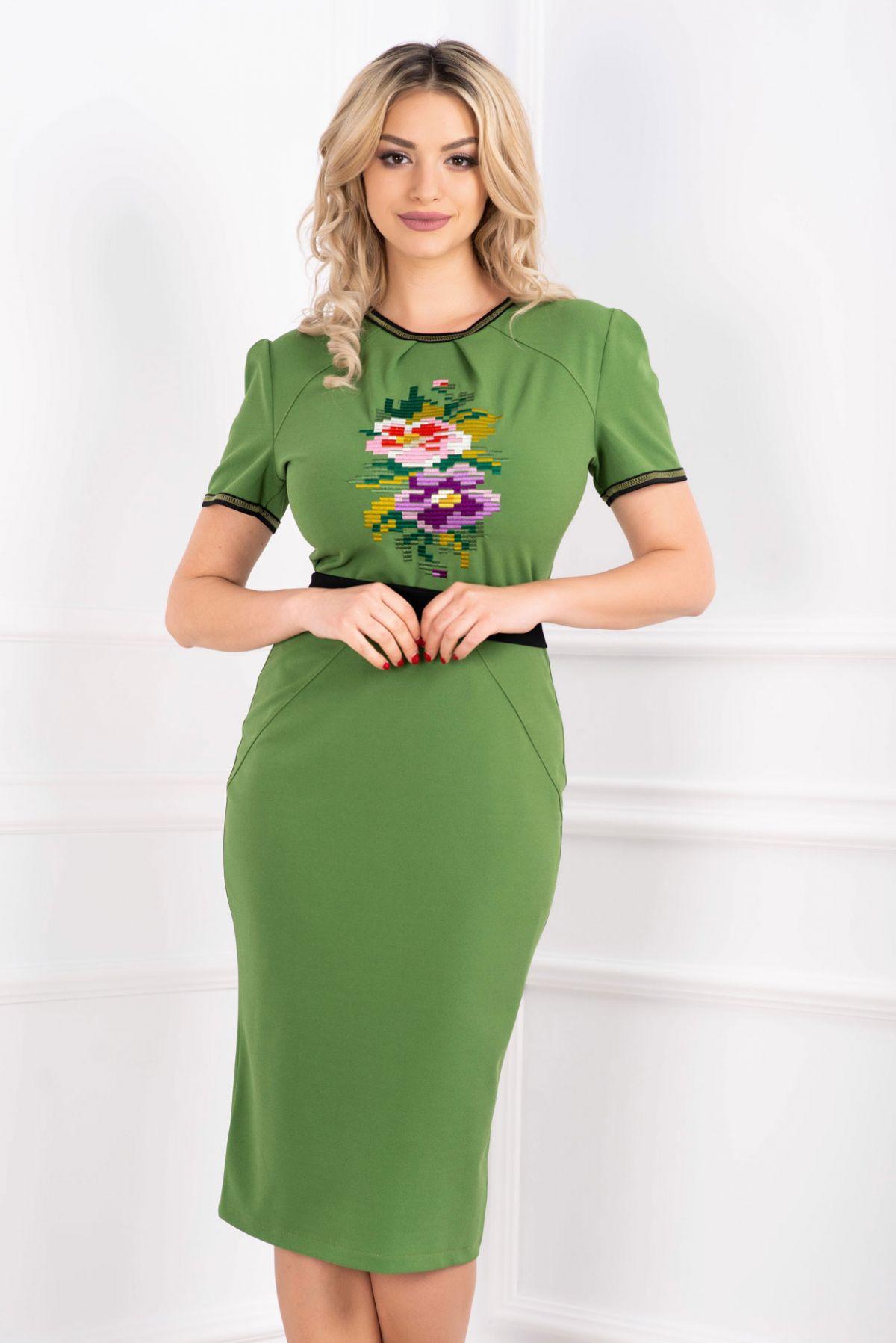 Rochie verde midi cu broderie motive traditionale si maneca scurta Venezia-Artigiano-Moda