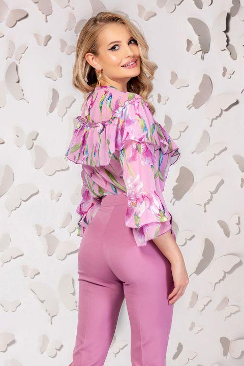 Bluza Pretty Girl roz cu imprimeu floral si volanase