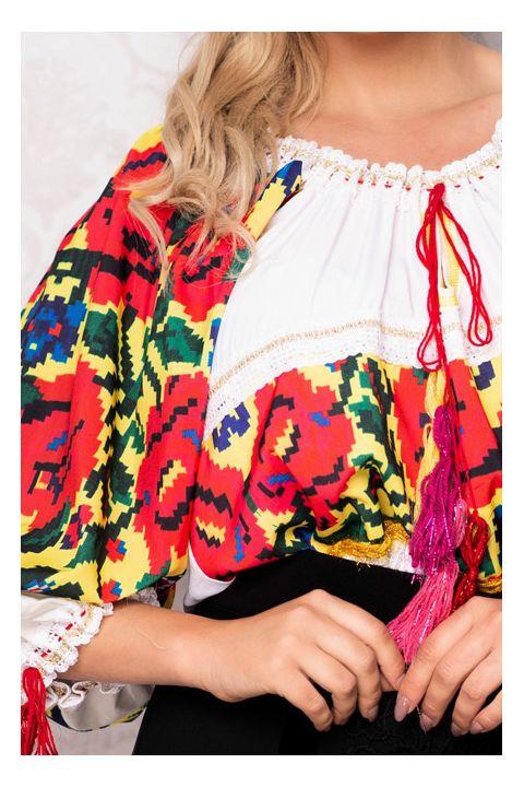 Bluza tip ie traditionala cu imprimeu si broderie