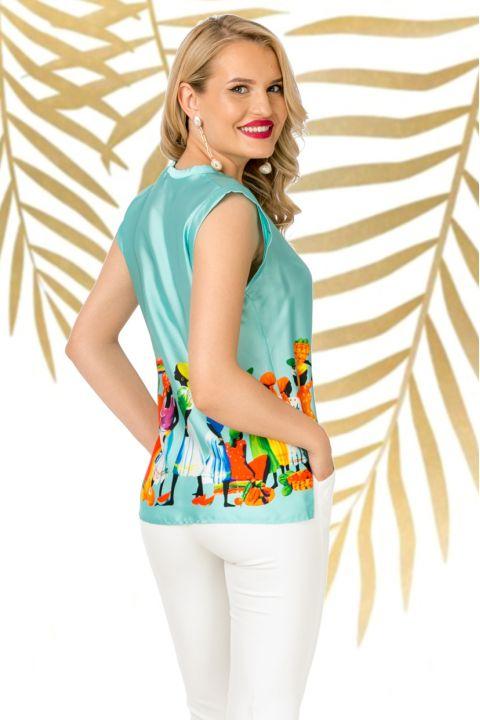Bluza Pretty Girl mint cu imprimeu tribal si decolteu in V