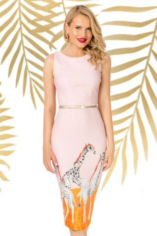 Rochie Pretty Girl rose de zi conica cu imprimeu girafa si curea in talie