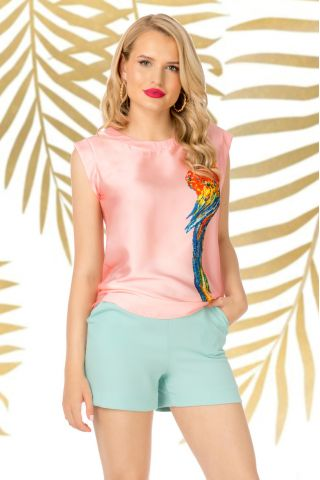 Bluza Pretty Girl rose din satin cu imprimeu papagal