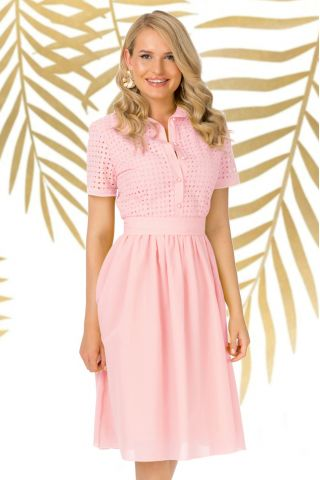 Rochie Pretty Girl de zi roz in clos cu broderie perforata in partea de sus