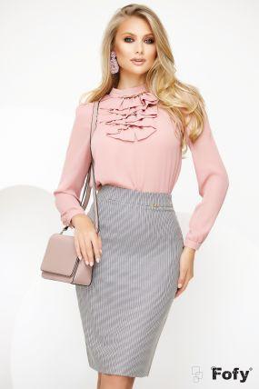 Bluza Fofy roz eleganta din voal cu jabou si accesoriu metalic