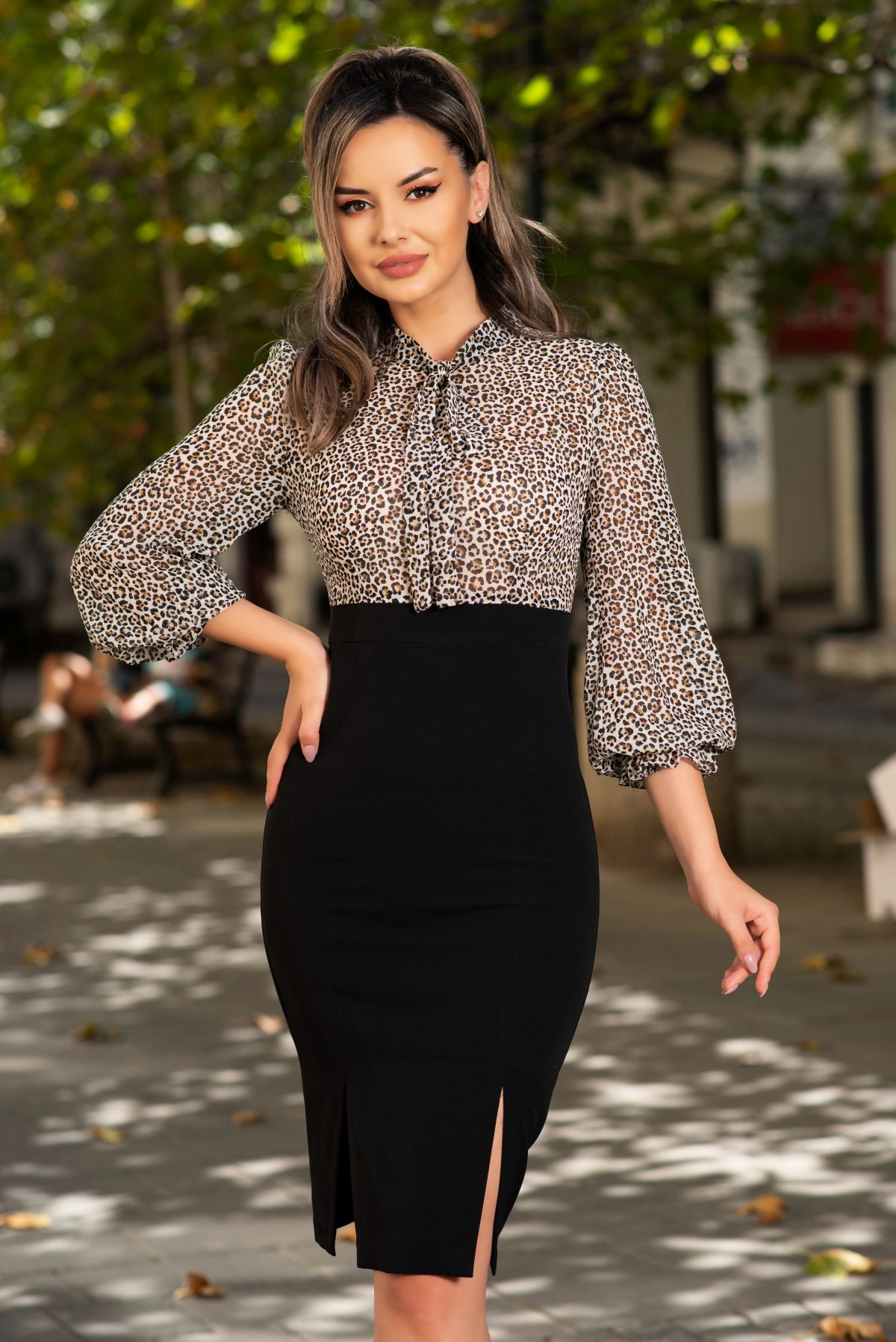 Rochie MBG office neagra cu animal print si guler tip esarfa MBG-Collection