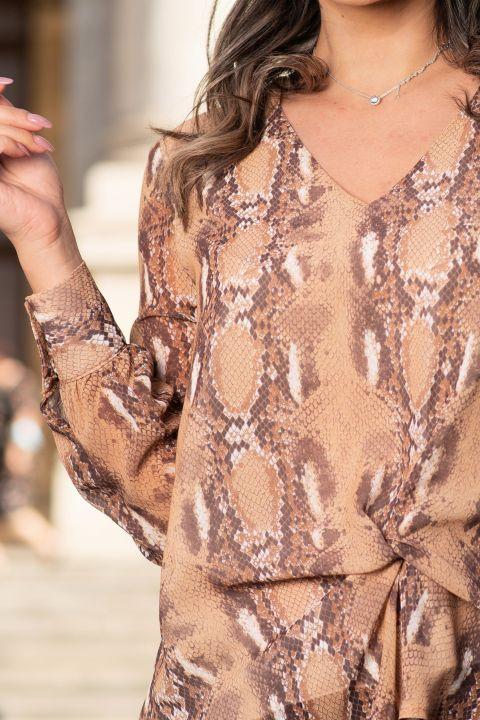 Bluza eleganta maro cu imprimeu sarpe si nod silizat