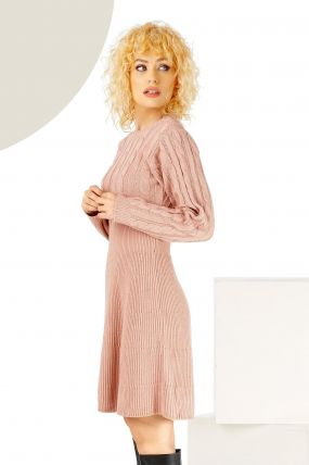 Rochie trendy in clos rose din tricot