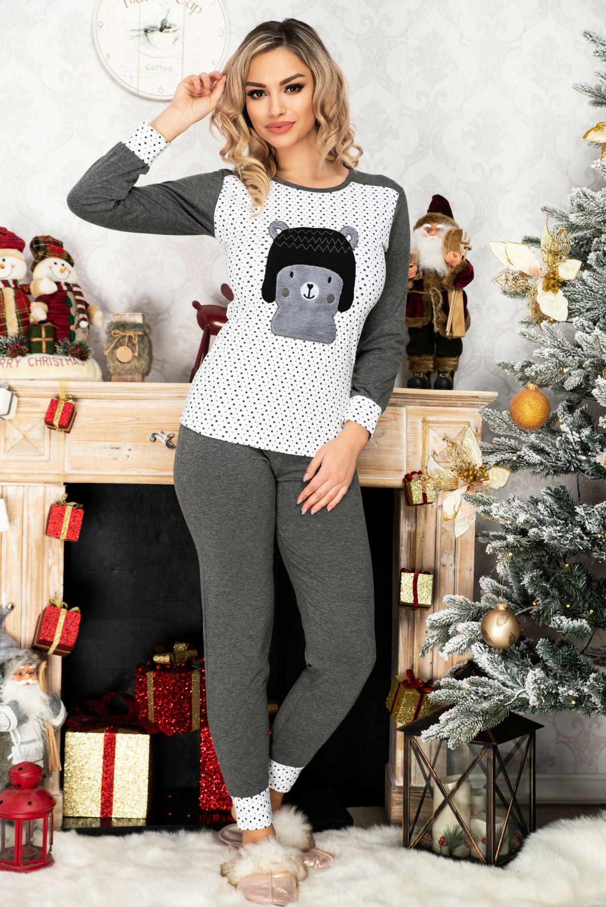 Pijama trendy din bumbac cu ursulet si buline
