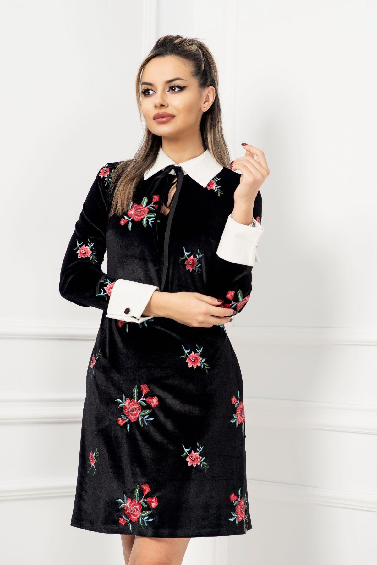 Rochie din catifea cu broderie florala si guler si mansete albe MBG-Collection
