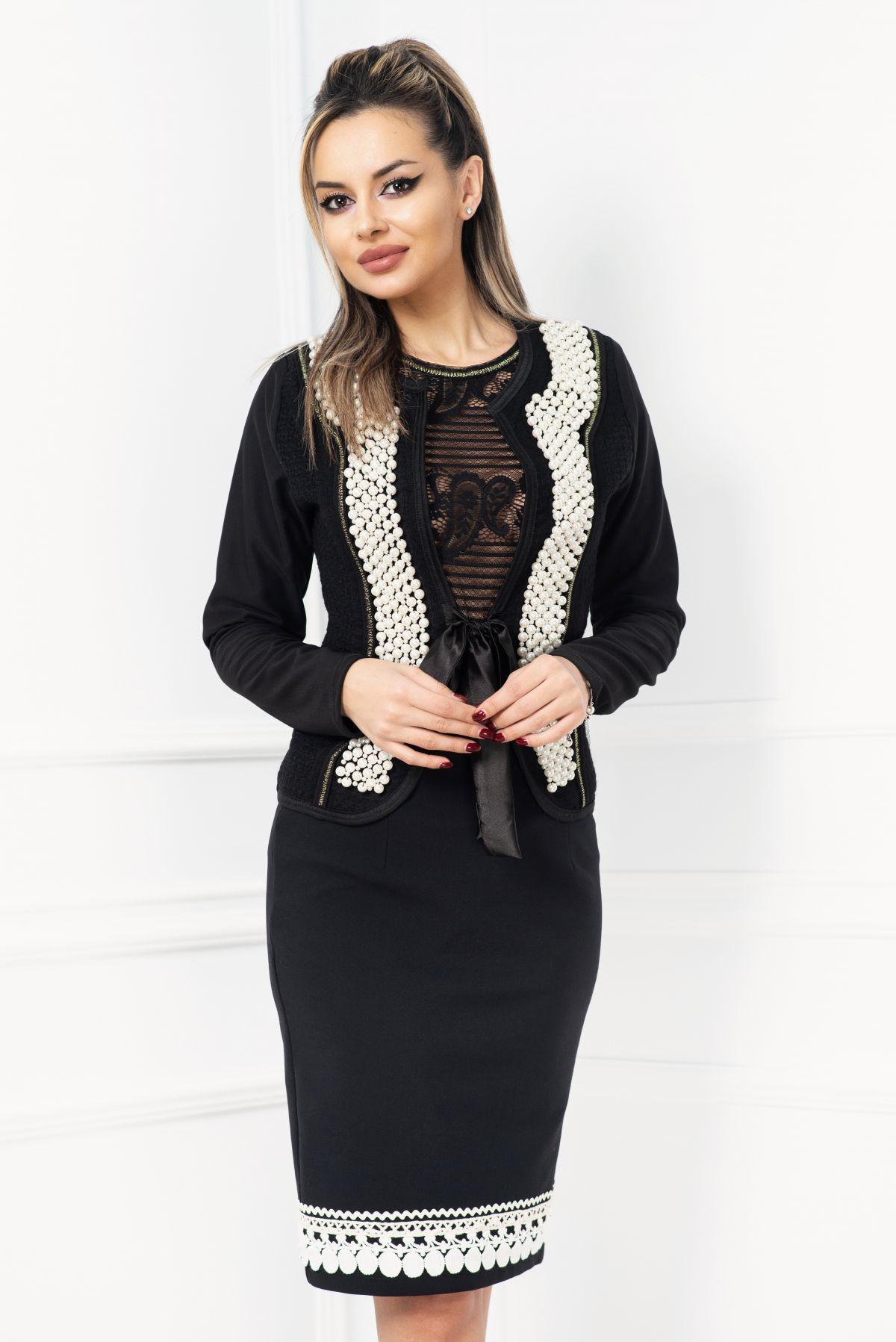 Jacheta eleganta neagra cu perle aplicate si insertii de fir irizant