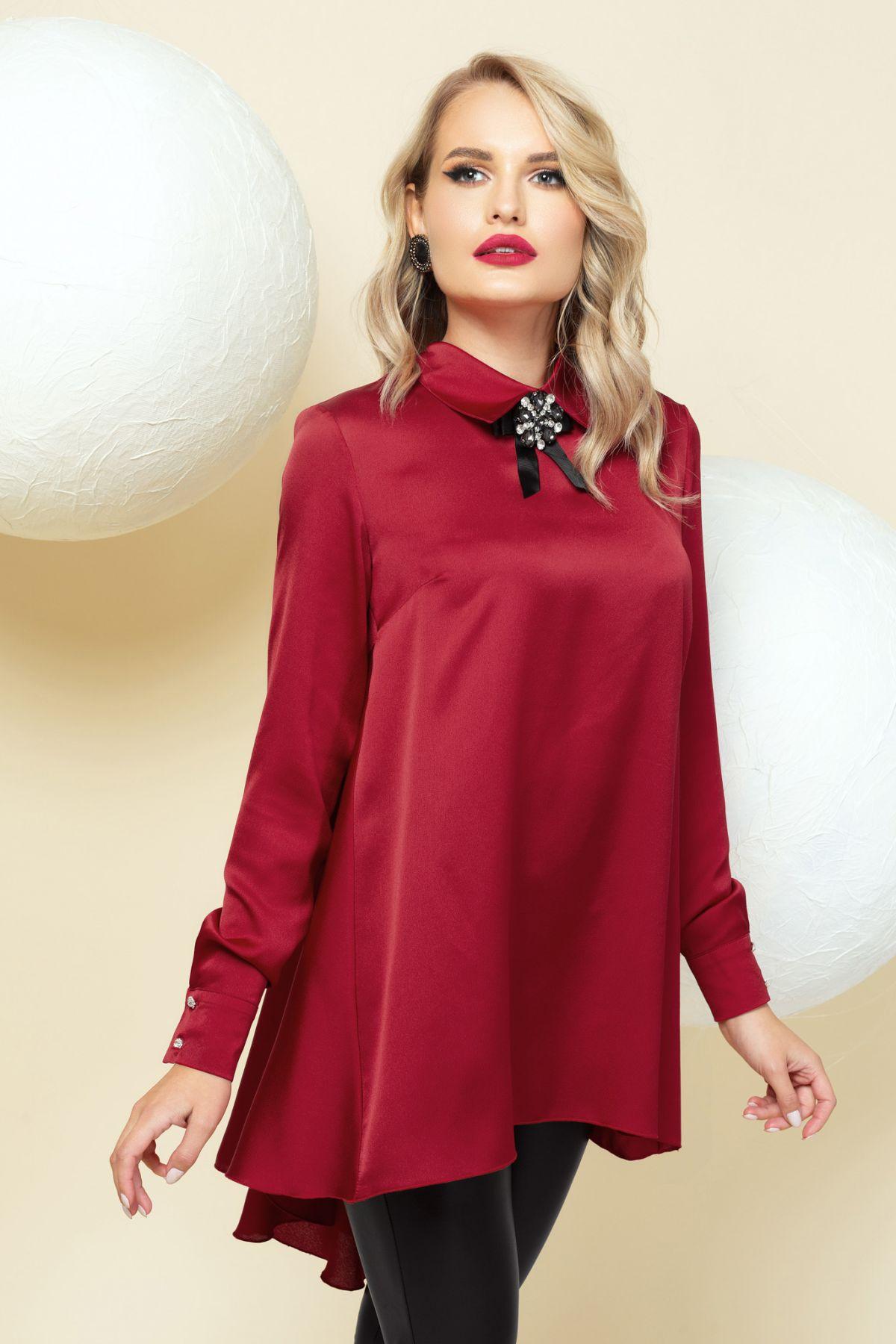 Bluza Pretty Girl rosu rubin asimetrica accesorizata cu brosa