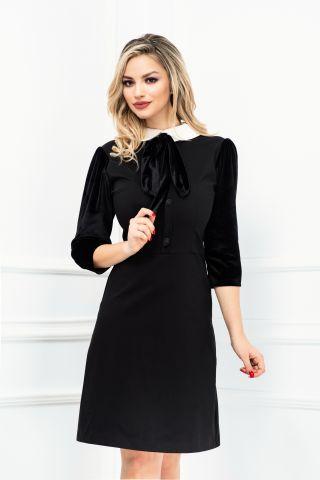 Rochie de zi neagra cu guler alb si maneci din catifea
