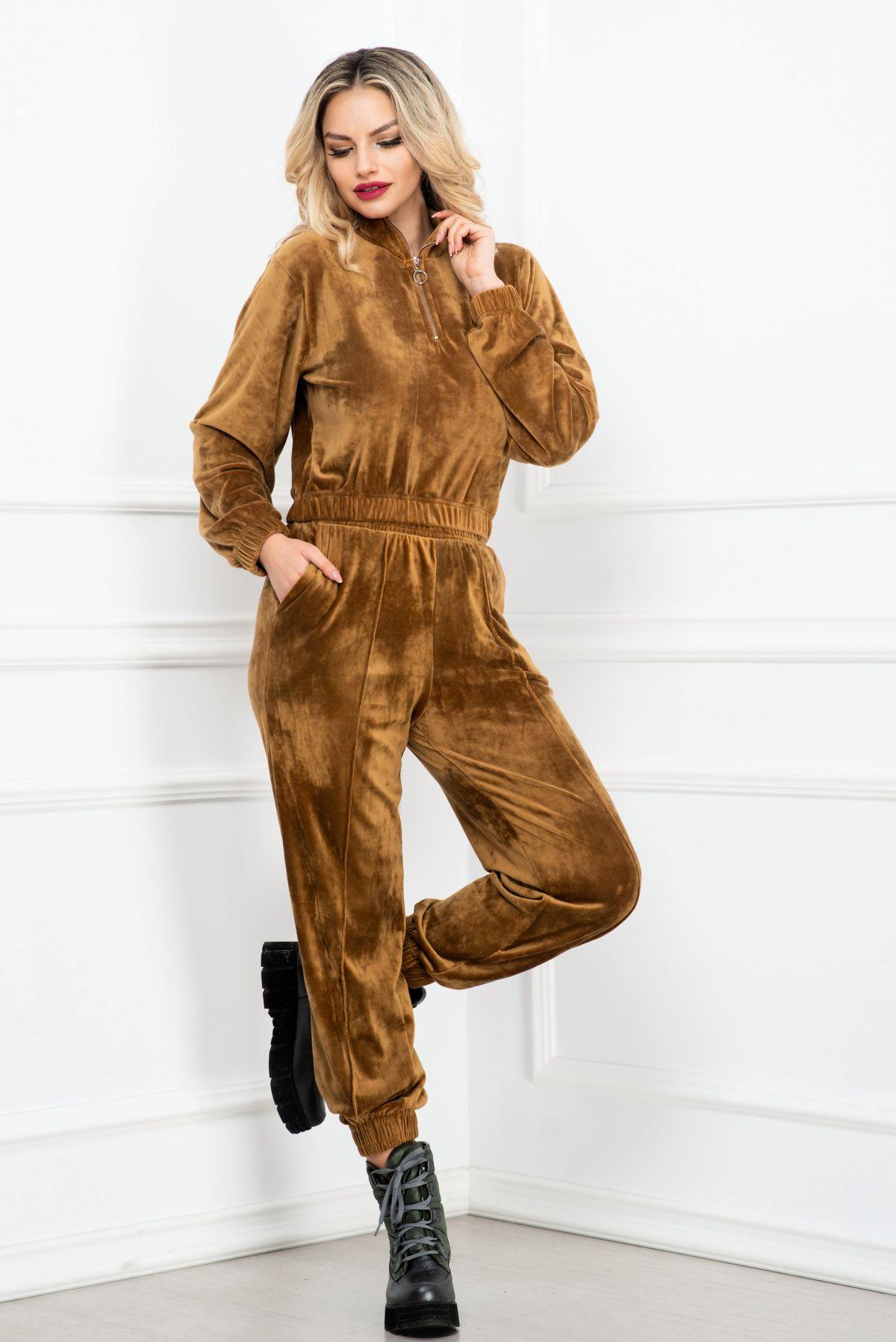 Trening trendy maron din catifea pufoasa