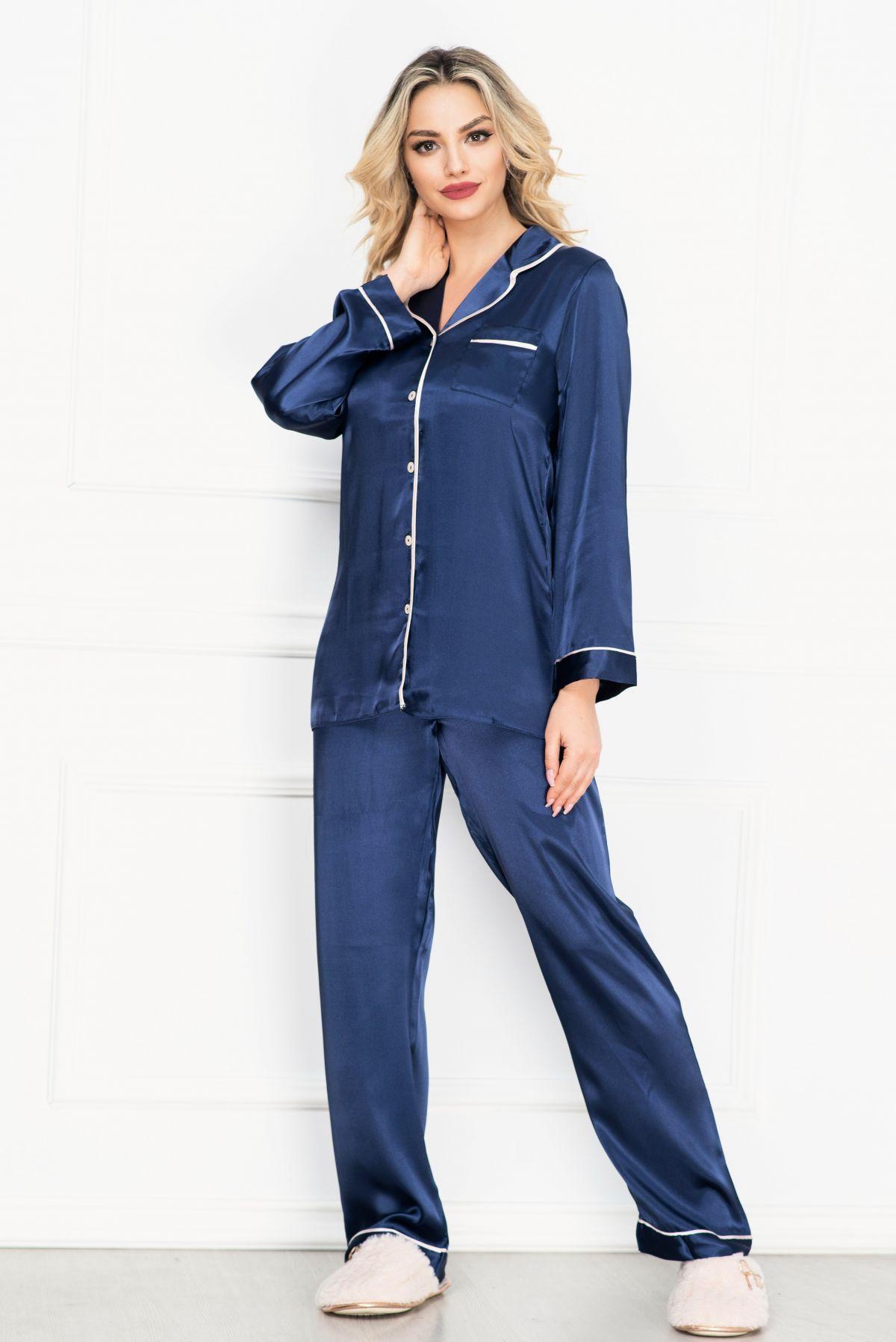 Pijama eleganta bleumarin din satin cu vipusca rose
