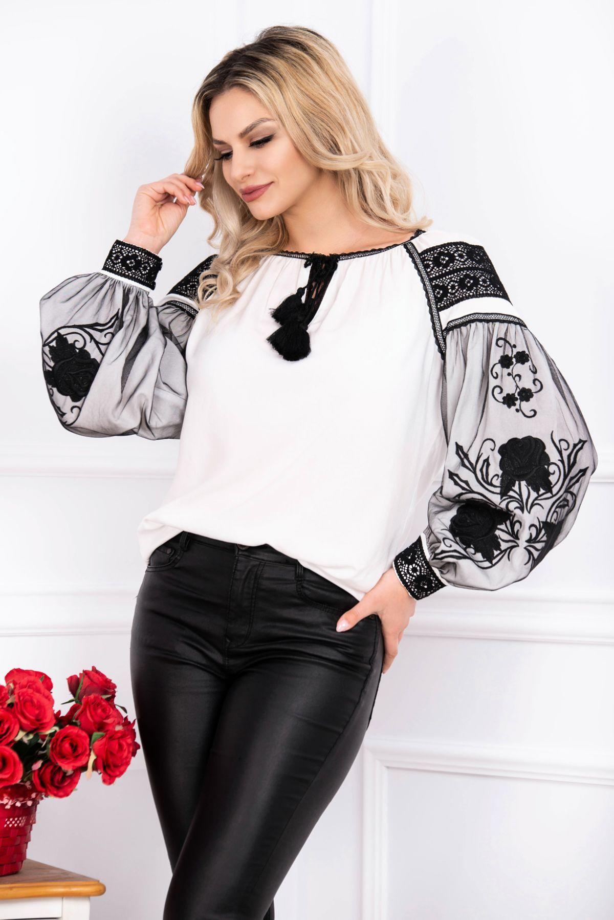 Bluza alba brodata cu motive traditionale si tul negru