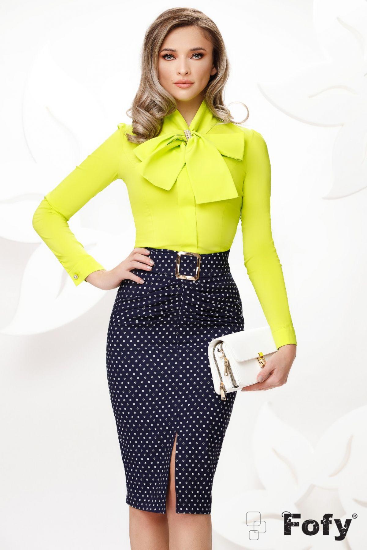 Camasa eleganta lime cu funda maxi si accesoriu tip brosa
