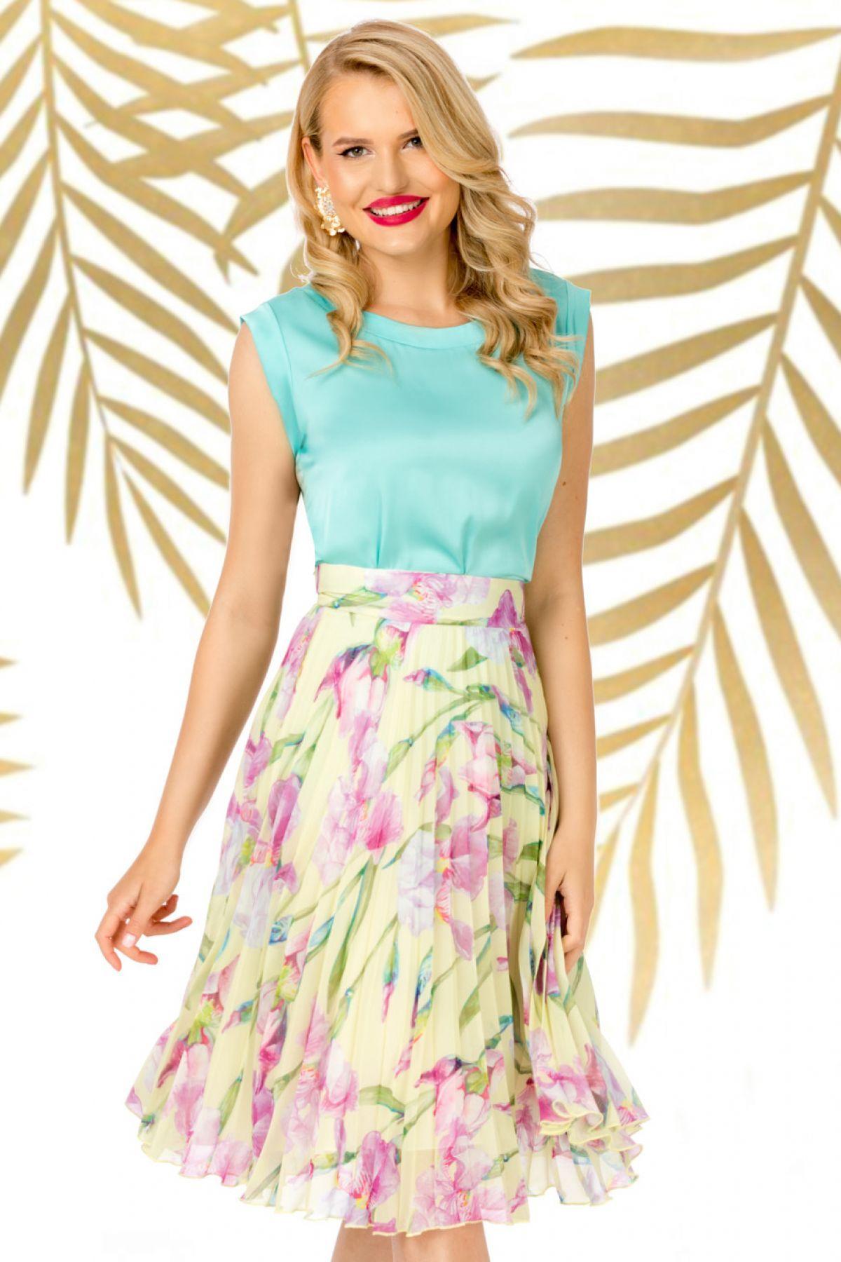 Fusta Pretty Girl plisata galben pal cu imprimeu floral