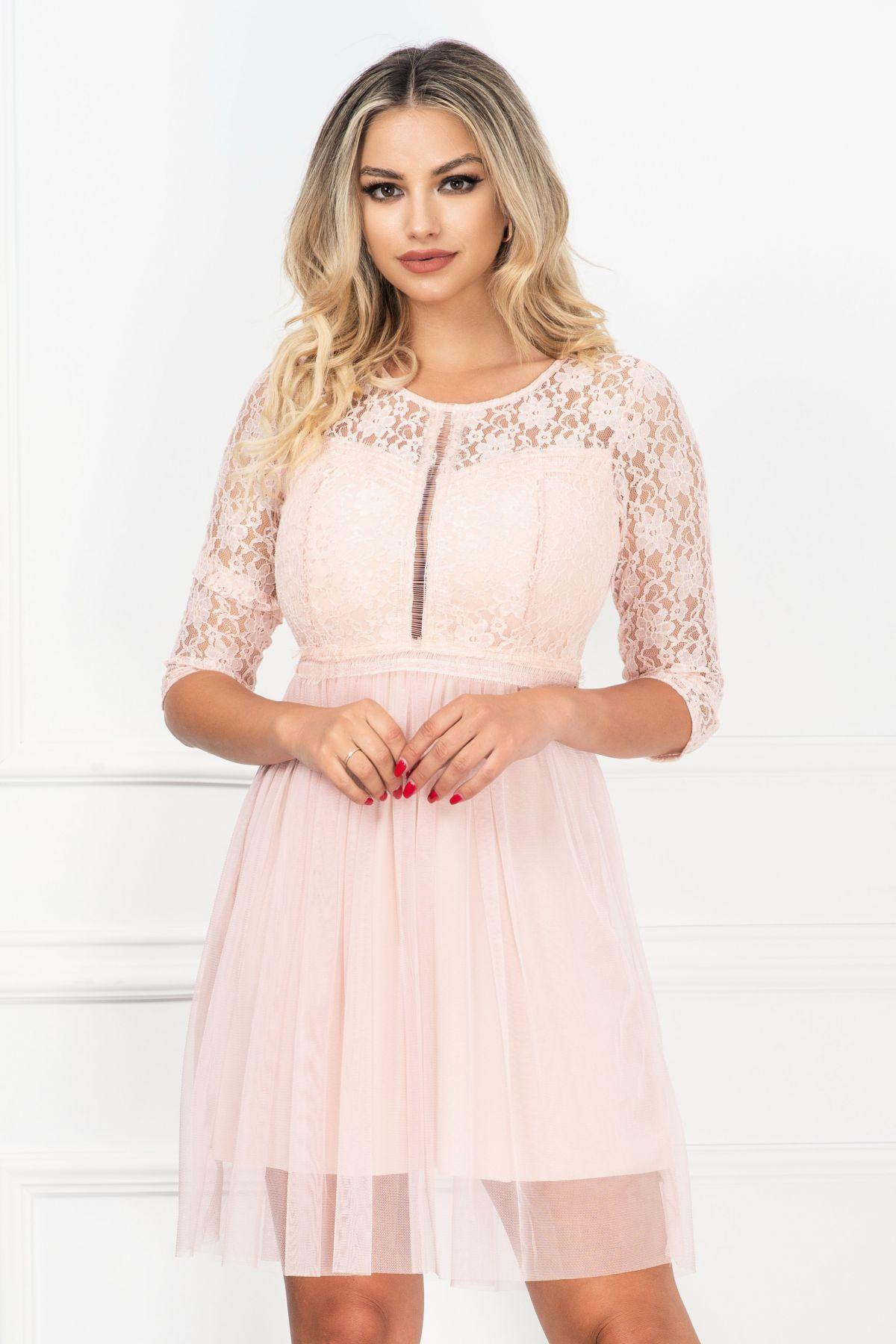 Rochie de ocazie in clos mini din dantela si tul roz