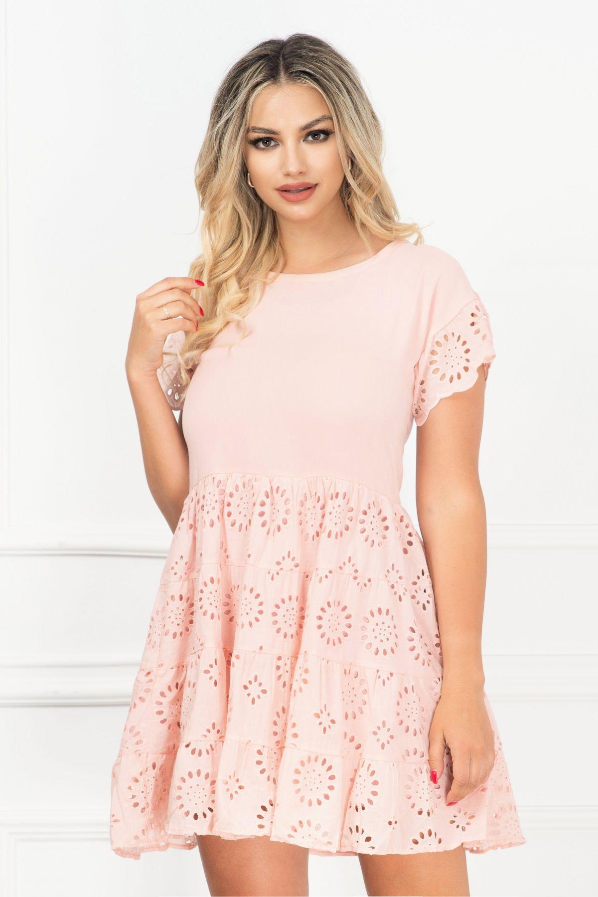 Rochie de vara roz lejera cu broderie englezeasca