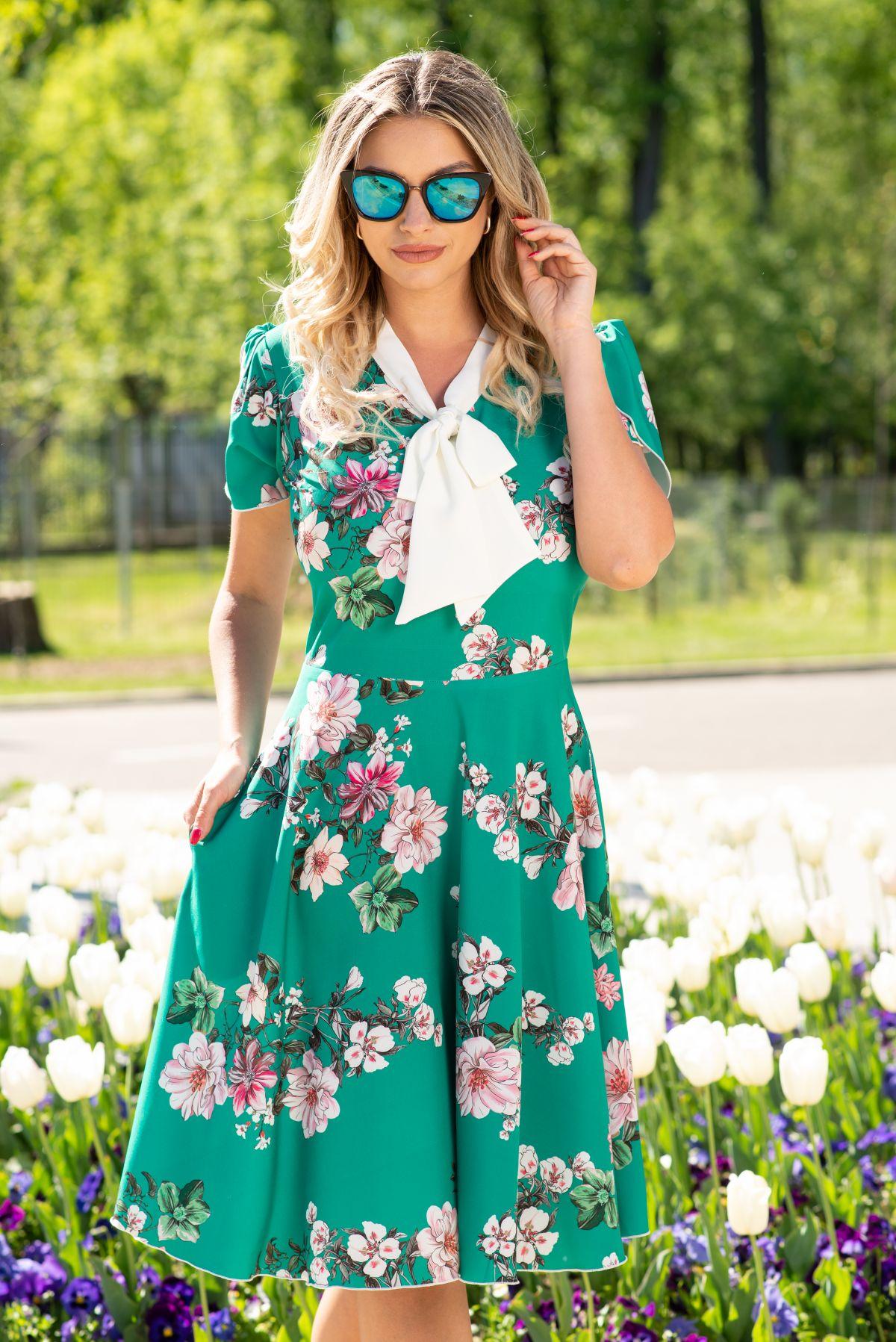 Rochie dama de zi InPuff verde in clos cu imprimeu floral