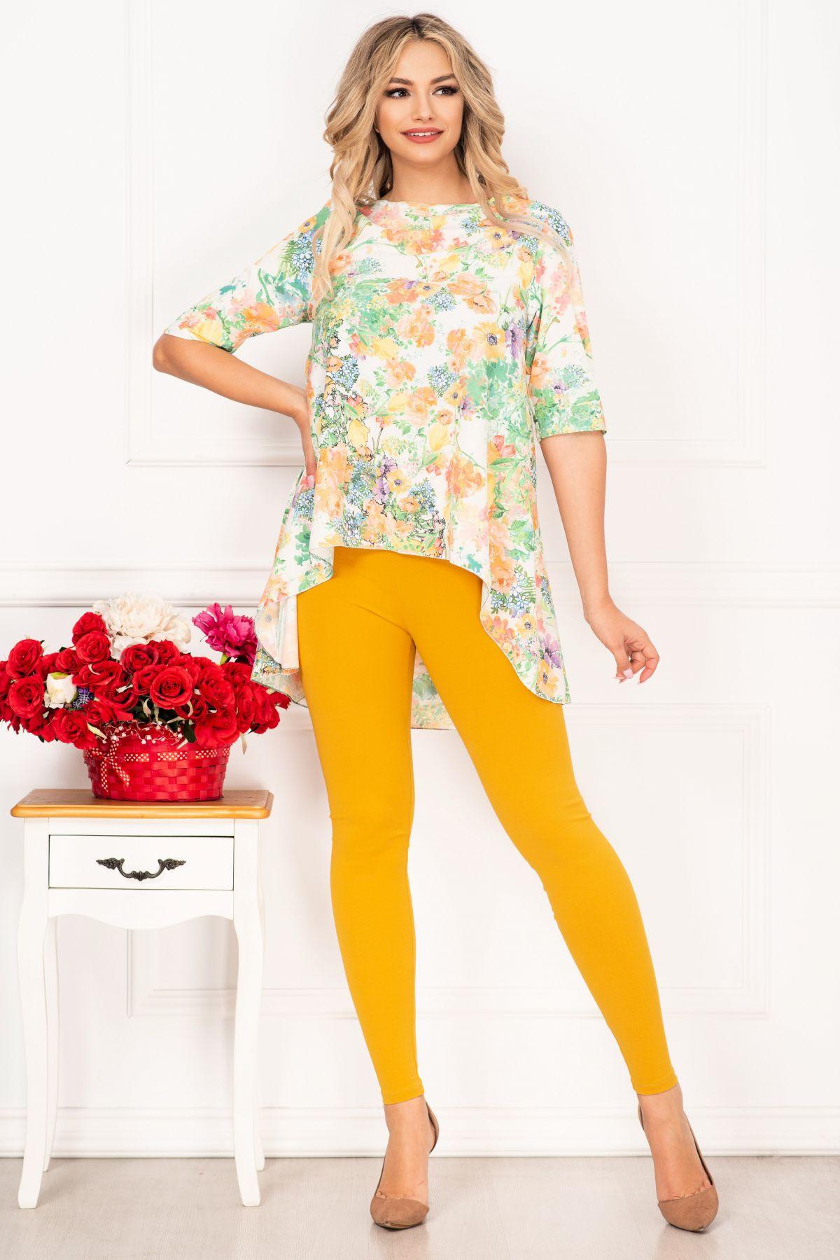 Compleu casual Linda cu bluza asimetrica si imprimeu floral By InPuff