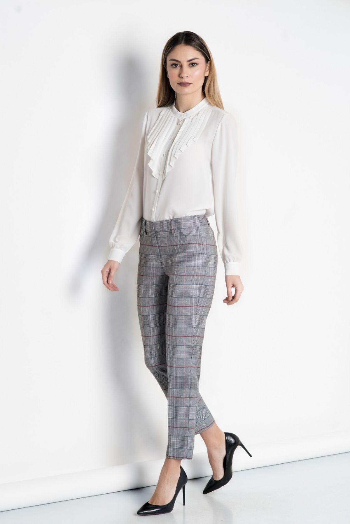 Pantalon Xara stofa gri in carouri cu dungi bleu/grena