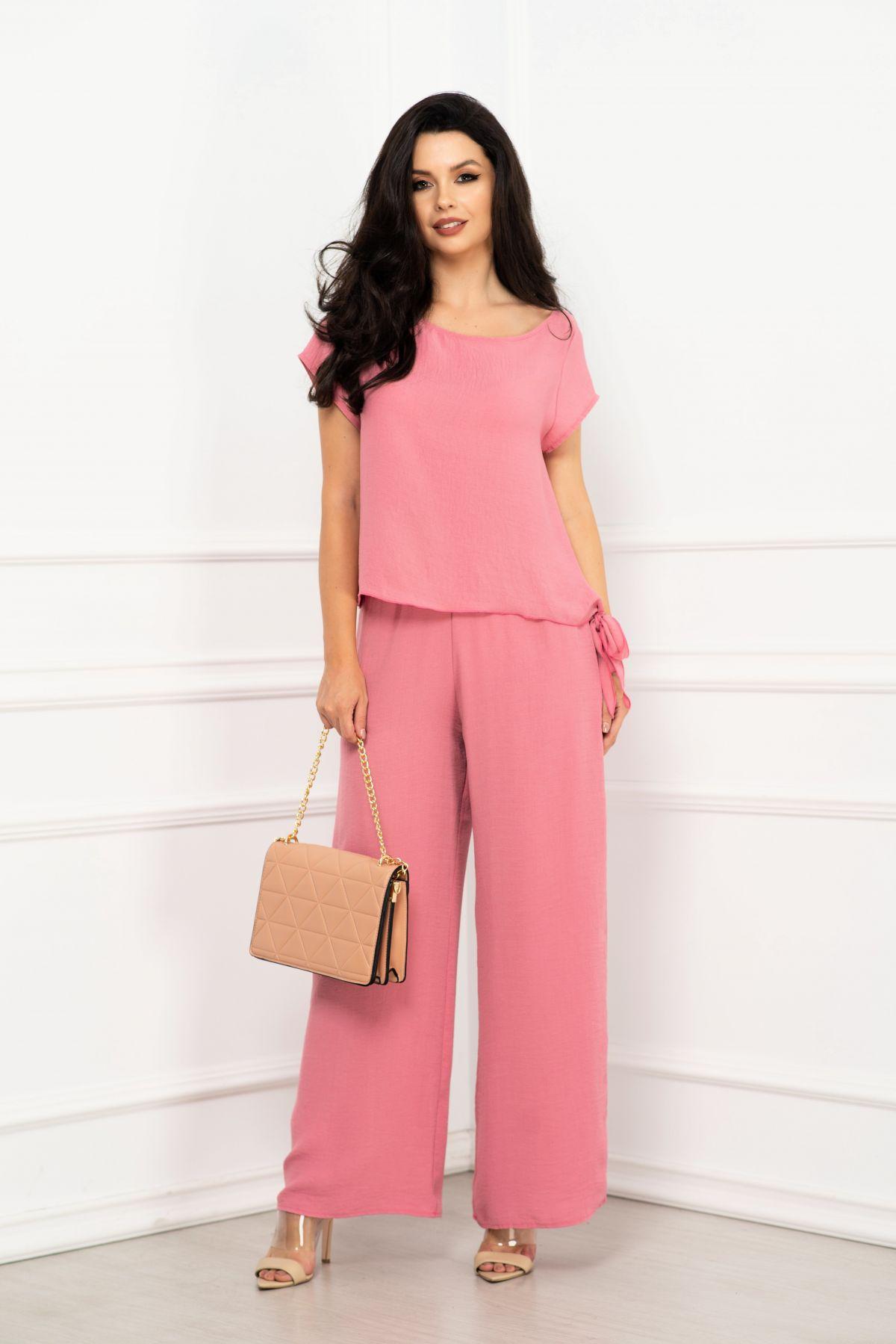 Compleu elegant Elena roz cu pantaloni evazati si bluza cu nod By InPuff