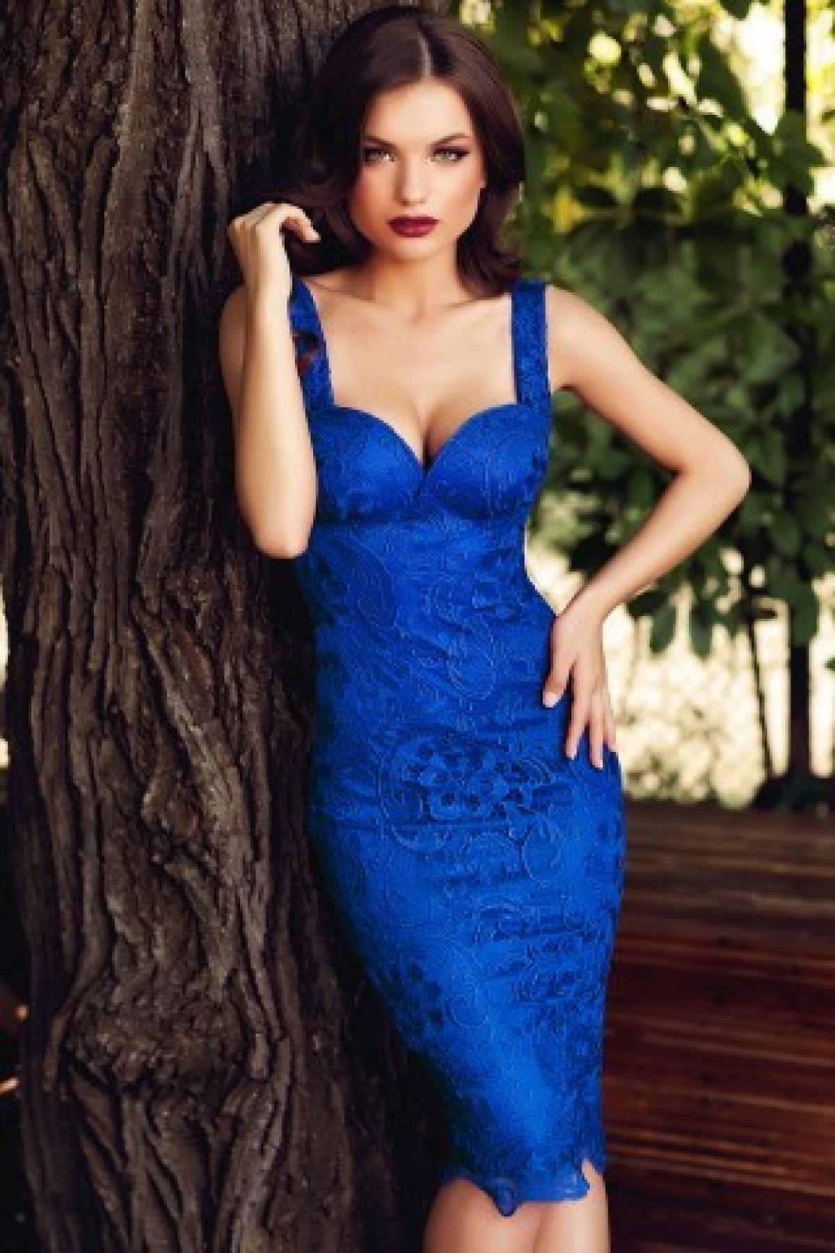 Rochie Ella treisferturi broderie albastru thumbnail