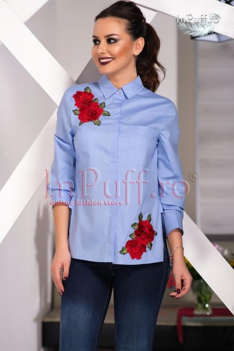 Camasa bleu cu broderie florala aplicata