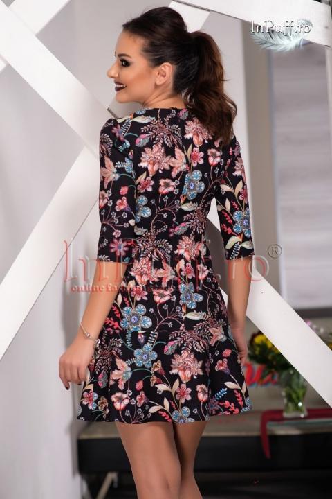 Rochie midi neagra cu imprimeu floral colorat