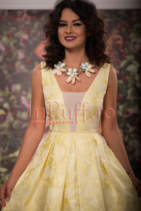 Rochie eleganta de seara  cu trena din jacard galben